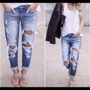 🆕Tyler Distressed Boyfriend Jeans